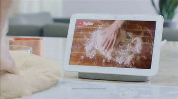 Google Home Hub TV Spot, 'Cooking: $129' Song by Benny Goodman - Thumbnail 7