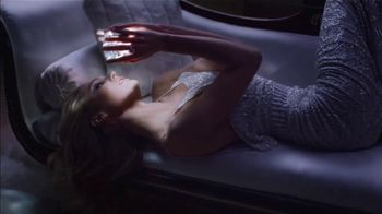 Versace Bright Crystal TV Spot, 'Show Me' Featuring Candice Swanepoel - Thumbnail 4