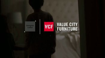 Value City Furniture Holiday Mattress Sale TV Spot, 'Great Night Sleep' - Thumbnail 1
