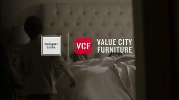 Value City Furniture Holiday Mattress Sale TV Spot, 'Great Night Sleep' - Thumbnail 2