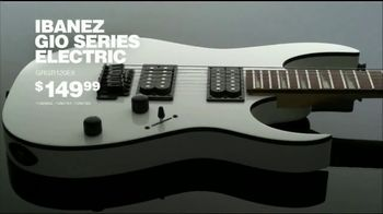 Guitar Center TV Spot, 'Holidays: Fender Acoustic Electric & Ibanez Electric' Song by The Internet - Thumbnail 9