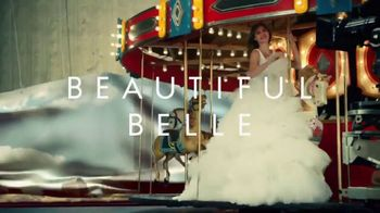Estee Lauder Beautiful Belle TV Spot, 'Holidays: 3-Piece Collection' Featuring Grace Elizabeth - Thumbnail 2