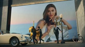 Estee Lauder Beautiful Belle TV Spot, 'Holidays: 3-Piece Collection' Featuring Grace Elizabeth - Thumbnail 6