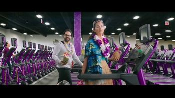Planet Fitness Black Card TV Spot, 'All the Perks: No Enrollment Fee' - Thumbnail 5