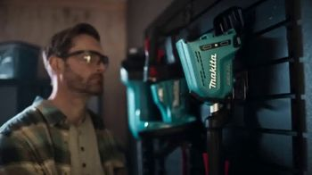 Makita TV Spot, 'Rule the Outdoors: String Trimmer and Blower' - Thumbnail 1