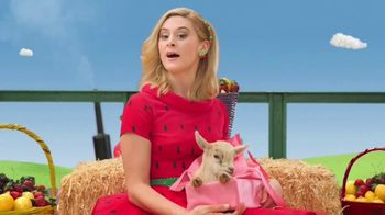 VitaFusion Organic Gummy Vitamins TV Spot, 'Baby Goats in Totes'