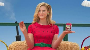 VitaFusion Organic Gummy Vitamins TV Spot, 'Baby Goats in Totes' - Thumbnail 1