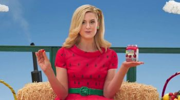 VitaFusion Organic Gummy Vitamins TV Spot, 'Baby Goats in Totes' - Thumbnail 2