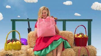 VitaFusion Organic Gummy Vitamins TV Spot, 'Baby Goats in Totes' - Thumbnail 5