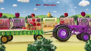 VitaFusion Organic Gummy Vitamins TV Spot, 'Baby Goats in Totes' - Thumbnail 9