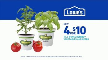 Lowe's Spring Black Friday Sale TV Spot, 'A Step Ahead of Spring' - Thumbnail 10