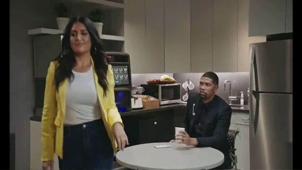 Stupendous Samsung Galaxy S10 Tv Commercial Refill Featuring Jalen Rose Molly Qerim Video Pabps2019 Chair Design Images Pabps2019Com
