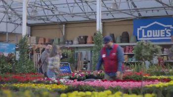 Lowe's Spring Black Friday Sale TV Spot, 'Spring: Garden Soil' - Thumbnail 5