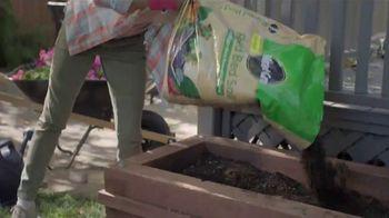 Lowe's Spring Black Friday Sale TV Spot, 'Spring: Garden Soil' - Thumbnail 7