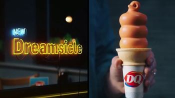 Dairy Queen Two for $4 Treat Nights TV Spot, 'Take the Fam' - Thumbnail 8