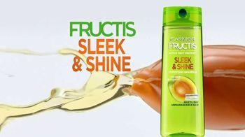 Garnier Fructis Sleek & Shine TV Spot, 'Super Sleek' Song by Bruno Mars - Thumbnail 4