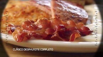 IHOP Ultimate BreakFEASTS TV Spot, 'Submarino USS Pancake' [Spanish] - Thumbnail 4