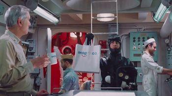 IHOP Ultimate BreakFEASTS TV Spot, 'Submarino USS Pancake' [Spanish] - Thumbnail 9