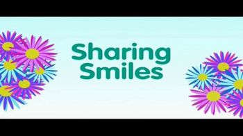 Disney Insulated Sippy Cups TV Spot, 'Disney Junior: Share the Smiles' - Thumbnail 2