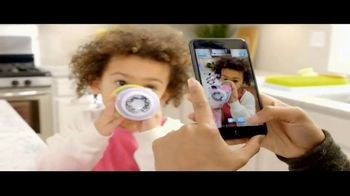 Disney Insulated Sippy Cups TV Spot, 'Disney Junior: Share the Smiles' - Thumbnail 3