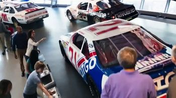 NASCAR Hall of Fame TV Spot, 'Where Kings Wear Cowboy Hats' - Thumbnail 3