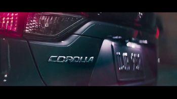 2020 Toyota Corolla TV Spot, 'El rescate' [Spanish] [T1] - Thumbnail 3