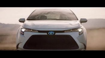 2020 Toyota Corolla Hybrid TV Spot, 'Train' Song by Ricky Nelson [T1] - Thumbnail 7