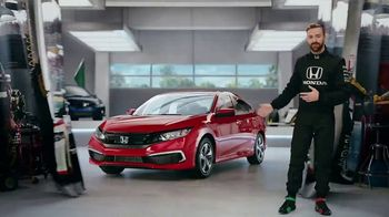 Honda Dream Garage Spring Event TV Spot, 'Racing Excitement' Featuring James Hinchcliffe [T2] - Thumbnail 3