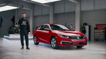 Honda Dream Garage Spring Event TV Spot, 'Racing Excitement' Featuring James Hinchcliffe [T2] - Thumbnail 6