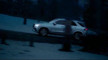 Mercedes-Benz Spring Event TV Spot, 'Alice in Wonderland: 2020 GLE' [T2] - Thumbnail 1
