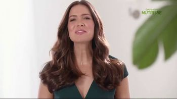 Garnier Nutrisse Nourishing Color Creme TV Spot, 'Mandy Moore Introduces 77 Nourishing Shades' - Thumbnail 7