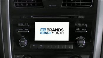 National Tire & Battery Big Brands Bonus Month TV Spot, 'Cooper Tires and Oil Change' - Thumbnail 4