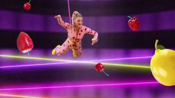 VitaFusion Organic Gummy Vitamins TV Spot, 'Gummy Heist' - Thumbnail 6