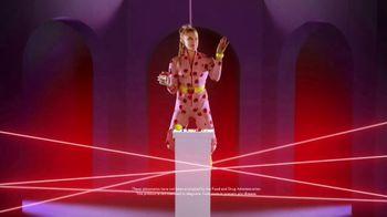 VitaFusion Organic Gummy Vitamins TV Spot, 'Gummy Heist' - Thumbnail 9