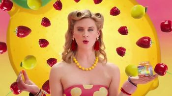 VitaFusion Organic Gummy Vitamins TV Spot, 'So YUMMMM' - Thumbnail 3