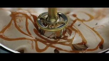 Magnum Double Sea Salt Caramel TV Spot, 'Made to be Broken' - Thumbnail 3