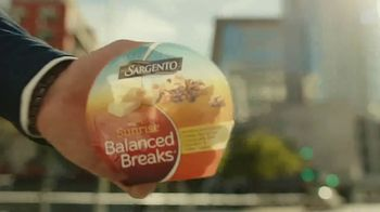 Sargento Sunrise Balanced Breaks TV Spot, 'The Power of Real' - Thumbnail 4