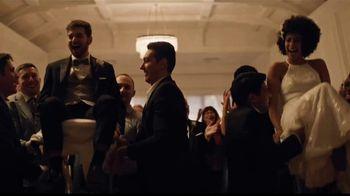 Men's Wearhouse TV Spot, 'Bien por ti: trajes y paquetes de boda' canción de Free [Spanish] - Thumbnail 2