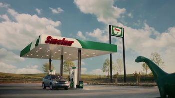 Sinclair Oil Corporation Dinocare TV Spot, 'Yellowstone' - Thumbnail 5