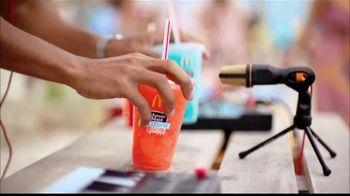 McDonald's Minute Maid Slushies TV Spot, 'Avive el verano' [Spanish] - Thumbnail 4