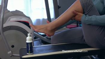 Theraworx Relief TV Spot, 'Sonia: calambres musculares' [Spanish] - Thumbnail 4