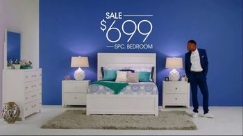 Rooms to Go Memorial Day Sale TV Spot, 'Perfect Time' Song by Portugal. The Man - Thumbnail 6