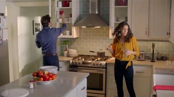H-E-B Meal Simple TV Spot, 'Hosting' - Thumbnail 4