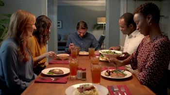 H-E-B Meal Simple TV Spot, 'Hosting' - Thumbnail 9