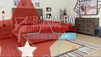 Ashley HomeStore Memorial Day Mattress Sale TV Spot, 'Tempur-Pedic Adjustable Sets' Song by Midnight Riot - Thumbnail 2