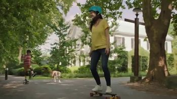 Off! FamilyCare Smooth & Dry TV Spot, 'Walk the Dog Your Way' - Thumbnail 8