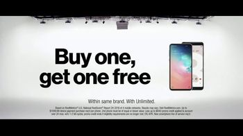 Verizon TV Spot, 'Why Kerry Chose Verizon: BOGO' - Thumbnail 10