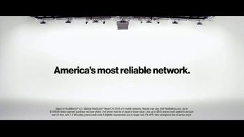 Verizon TV Spot, 'Why Kerry Chose Verizon: BOGO' - Thumbnail 9