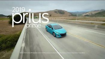 Toyota Summer Starts Here TV Spot, 'Prius Prime: Most Fuel-Efficient Hybrid' [T2] - Thumbnail 6