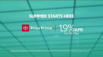 Toyota Summer Starts Here TV Spot, 'Prius Prime: Most Fuel-Efficient Hybrid' [T2] - Thumbnail 7
